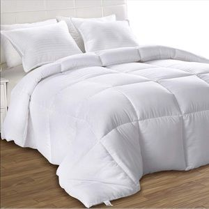 Other - White Down Alternative Quilted Comforter-King New